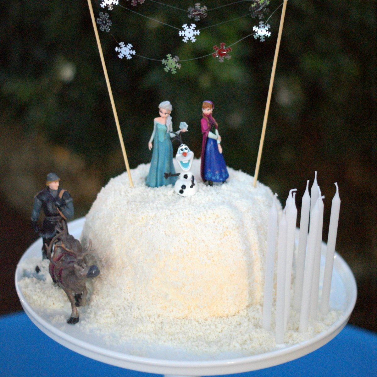 Frozen Movie Cake Disney's 'frozen' movie was