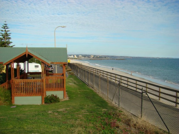 Adelaide Shores Beach