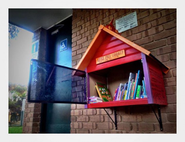 little-people-library-house