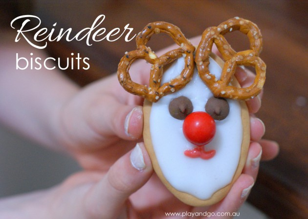Reindeer Biscuit animal smile