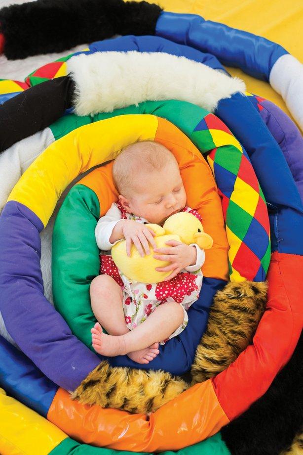 baby-sensory-newborn-with-duck