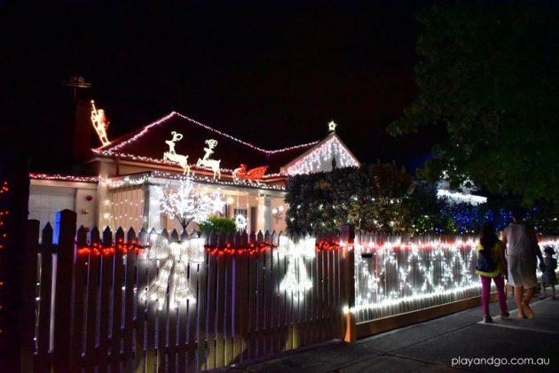 ninth-avenue-christmas-lights-2016-1