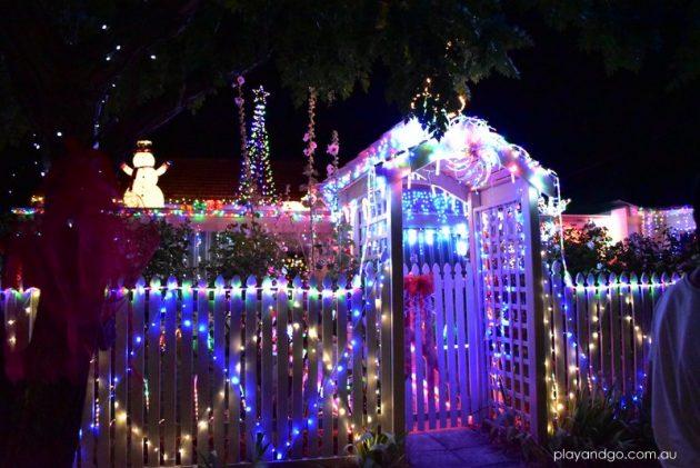 ninth-avenue-christmas-lights-2016-3