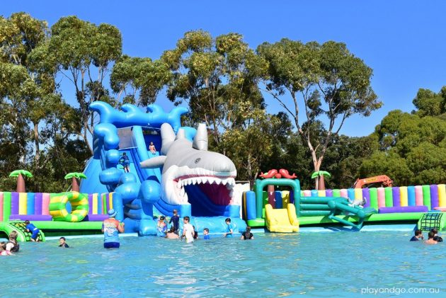 water-wonderland-water-park-adelaide-bonython-park