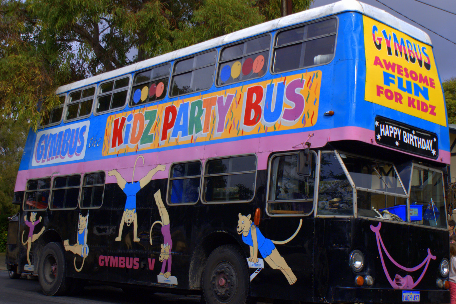 Gymbus The Party Bus Of Fun Play And Go - Children's birthday parties adelaide