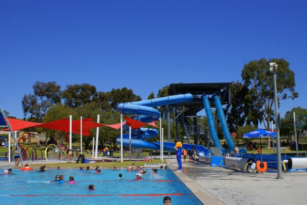 Waterworld Ridgehaven pool and slides