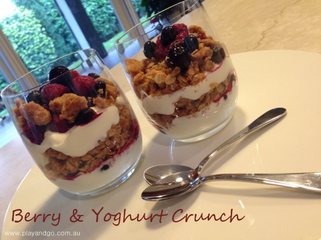 berry-yoghurt-crunch1