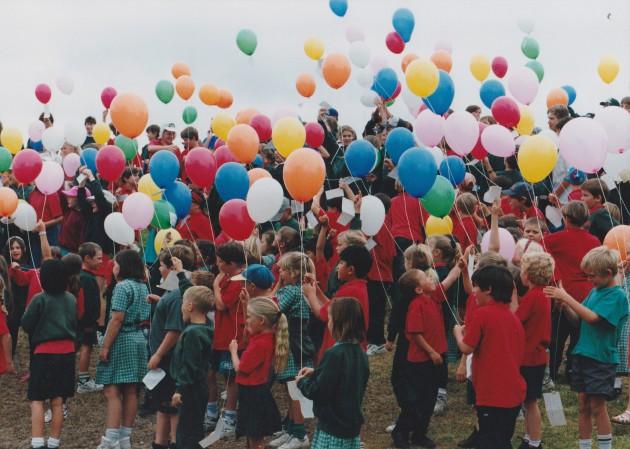 1995 Ballon Launch Come Out