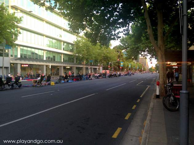 xmas-pageant-streets-2014b