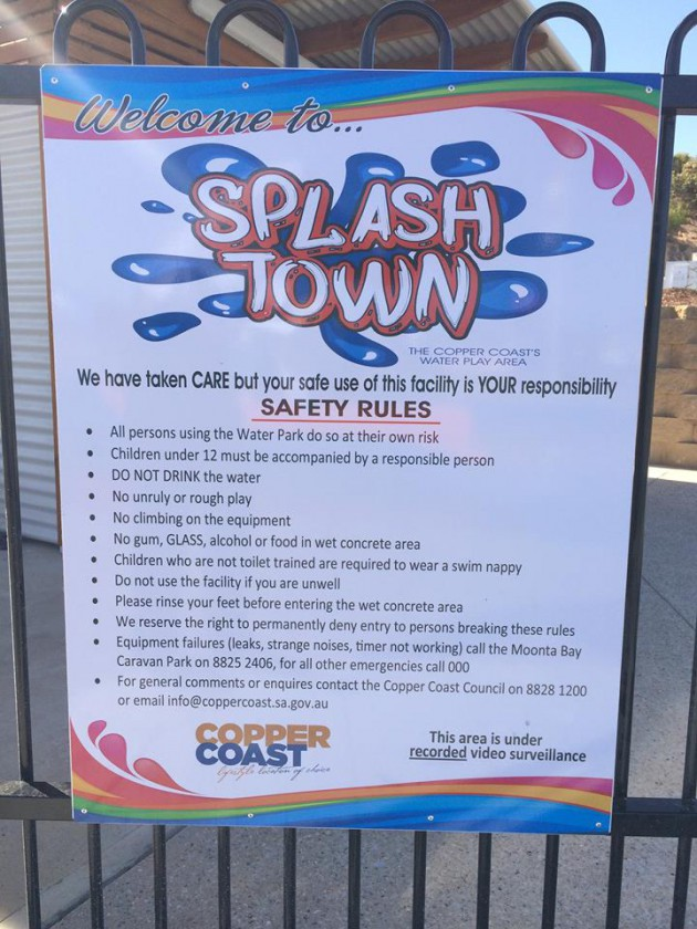 Splash Town rules sign