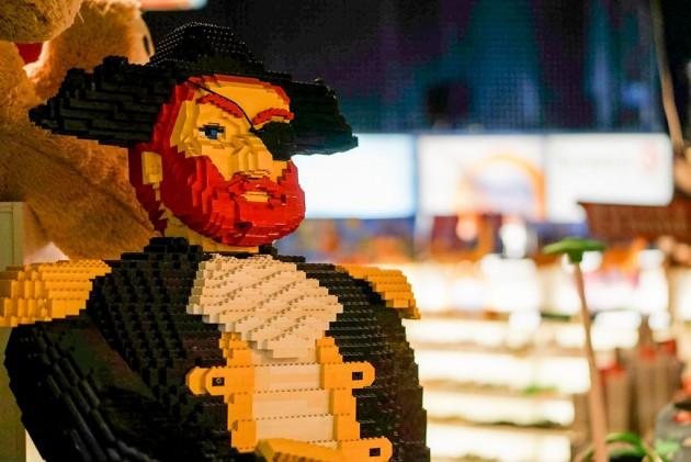 Ben Teoh LEGO Pirate