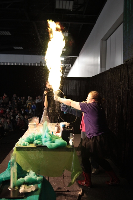 ASMS - SCIWORLD - SPECTACULAR FIRE EXPERIMENTS (LOW RES)