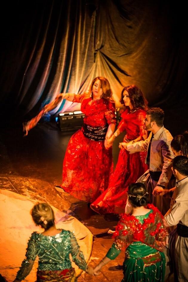 kurdish community dancers