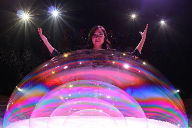 Gazillion Bubble Show pink