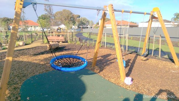 Jervois St blue basket swing