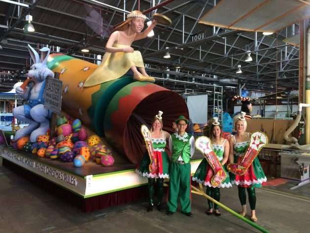 christmas-pageant-new-father-christmas-rules-float-2016