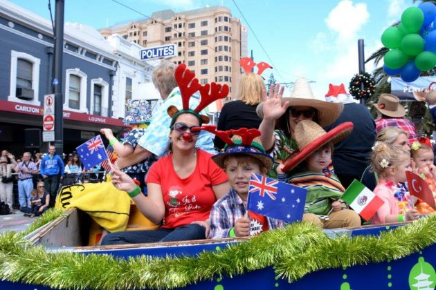 glenelg-xmas-pageant-cohb620-low-res-002
