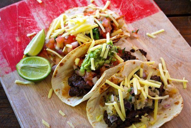 adelaide-night-market-burritos-la-cantina-co