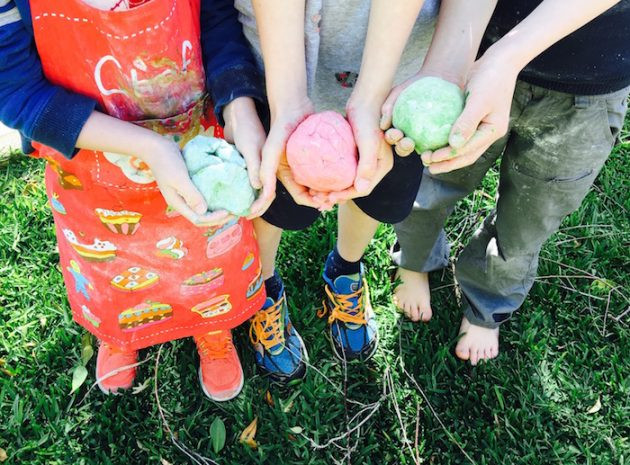 Great Ideas for Screen Free Time with Kids - playdough recipe