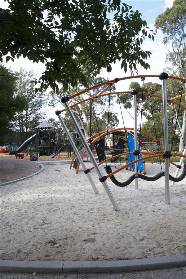 civic-park-playground-climbing-frame