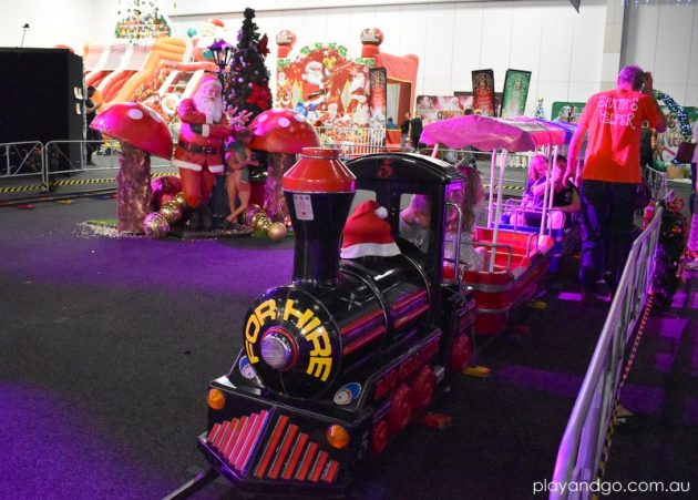 santas-wonderland-adelaide train