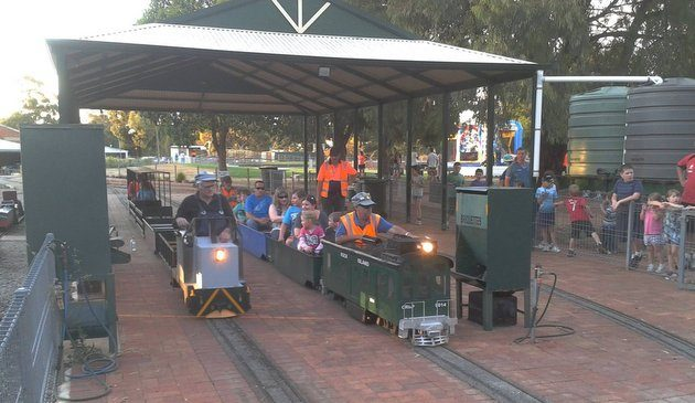 Train rides in Adelaide - Penfield Park