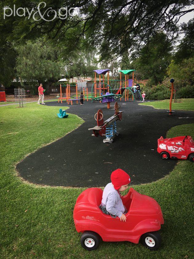 Ramage Street Park (aka Morrie Harrell Park) Review by Susannah Marks