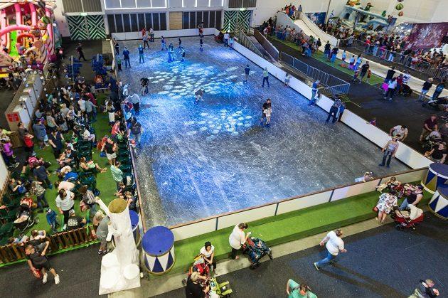 Santa's Wonderland ice skating 2017