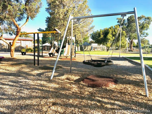 Loxton Playground basket swing