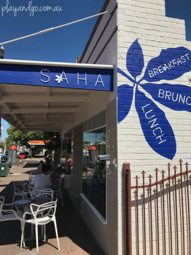 Saha café – family-friendly Lebanese cafe on the Parade