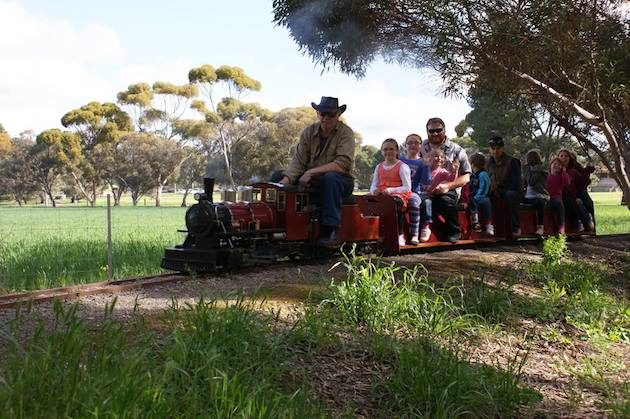 Train Rides in Adelaide - Roseworthy Railway