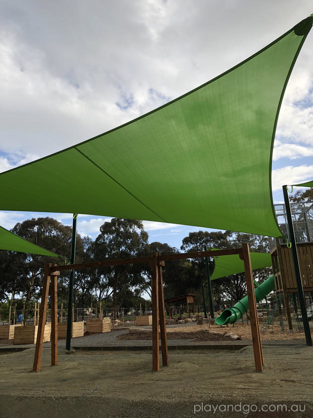 Hendrie St Reserve Playground swings