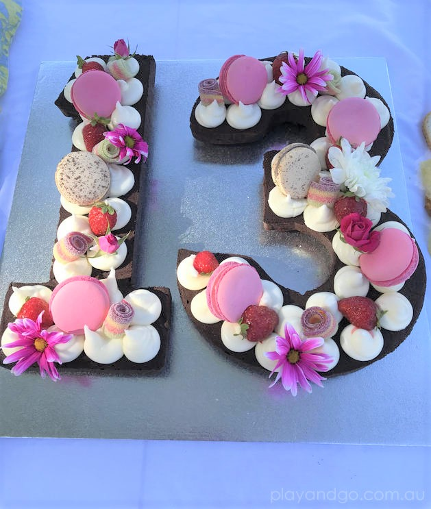 flower brownie birthday cake idea