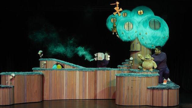 Beep, Windmill Theatre Company