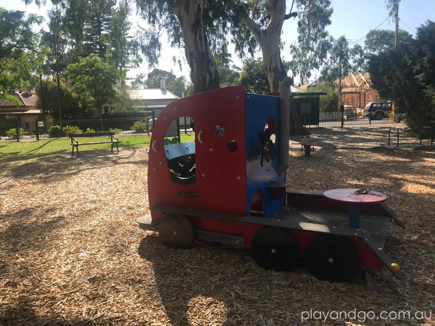 Knightsbridge Reserve Leabrook Playground Review by Susannah Marks
