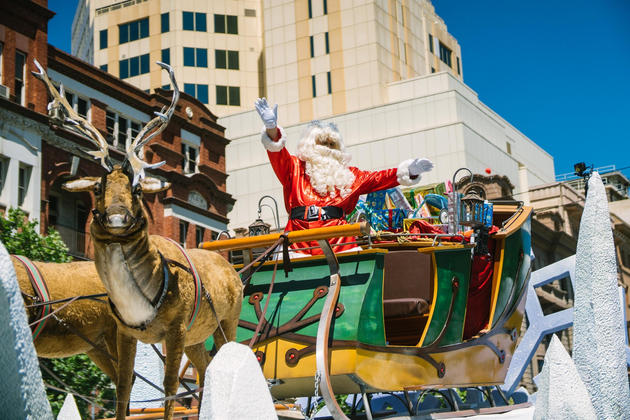 Christmas Pageant.Adelaide 2019 Christmas Pageant New Route Ending At Town