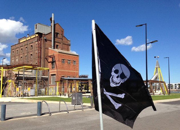 pirates of port adelaide flag