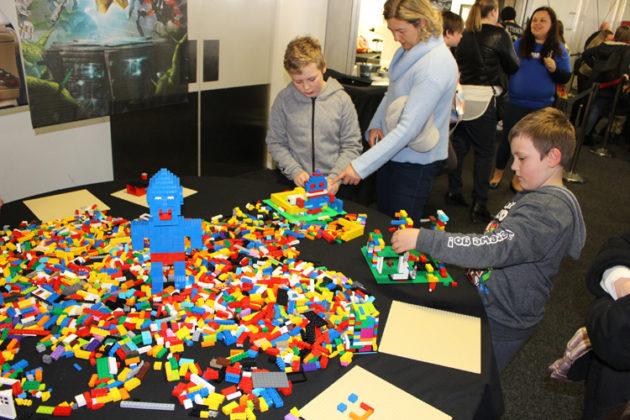 Lego Brixpo