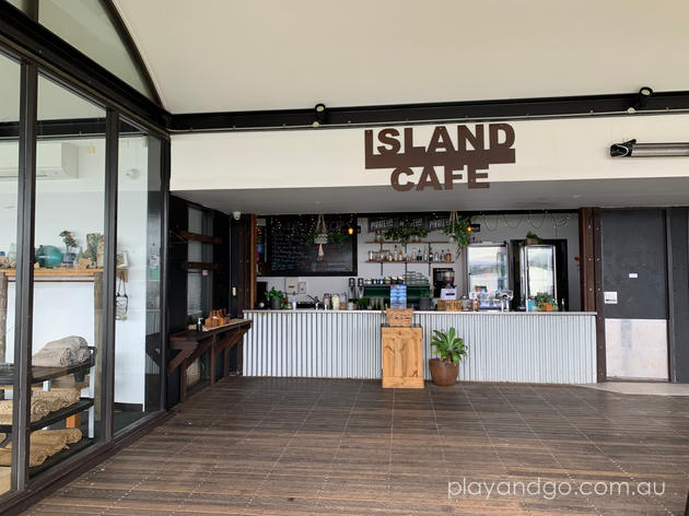 Granite Island cafe