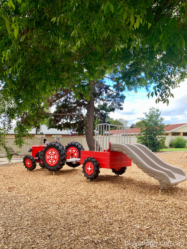 melville grove hectorville playground tractor