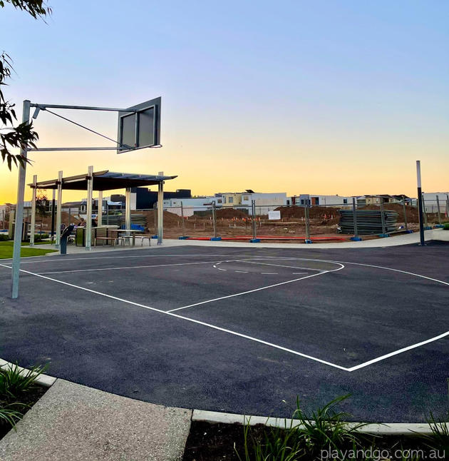 Lightsview Playground basketball court